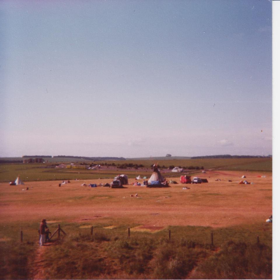 green n white at stonehenge 1979.jpg